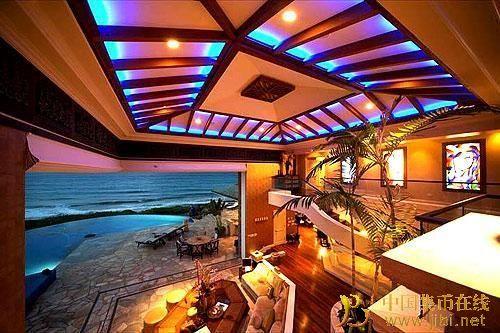 罗纳尔多海边豪华别墅